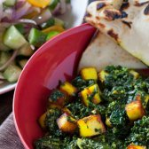 Palak Paneer com Naan & kachumber salada [receita]